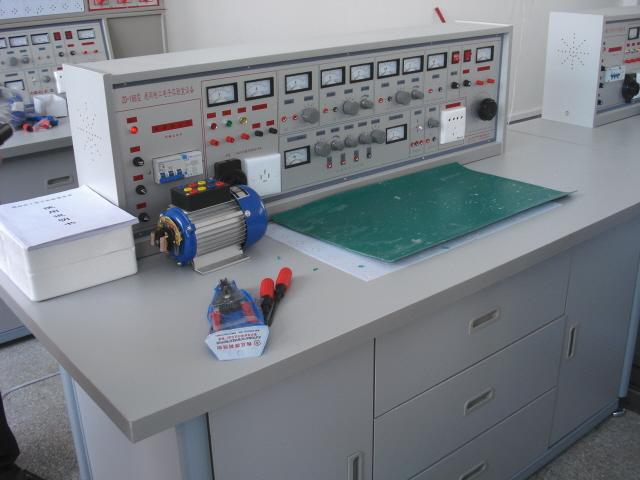 电工电子与技能实验室装置万博man手机客户端